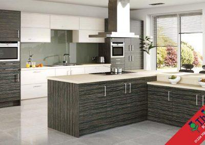British Kitchens Aberdeen, Aberdeenshire: Sheraton Kitchens Woodgrain Amazonas