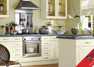 British Kitchens Aberdeen, Aberdeenshire: Sheraton Kitchens Contemporary Buttermilk
