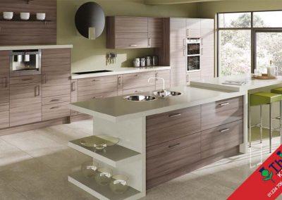 British Kitchens Aberdeen, Aberdeenshire: Sheraton Kitchens Woodgrain Driftwood