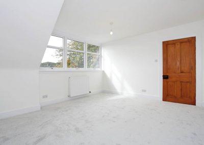Cranfield 6-Bedroom Farmhouse Conversion: Bedroom 3