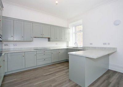 Cranfield 6-Bedroom Farmhouse Conversion: Kitchen