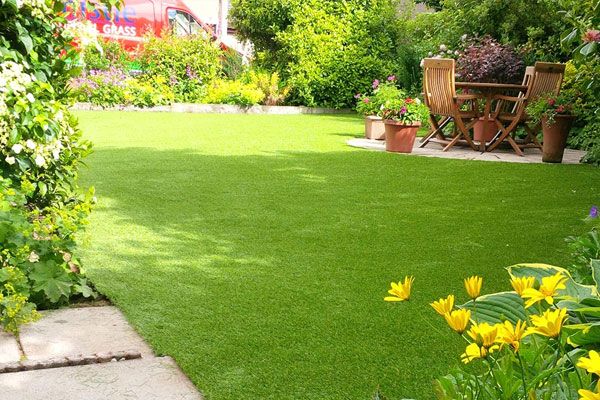 Artificial Grass Aberdeen, Aberdeenshire & North East Scotland - Thistle Gardens & Outdoors