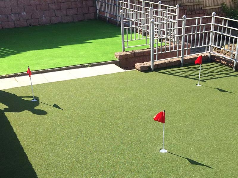 Thistle High-Quality, Low-Maintenance Artificial Grass