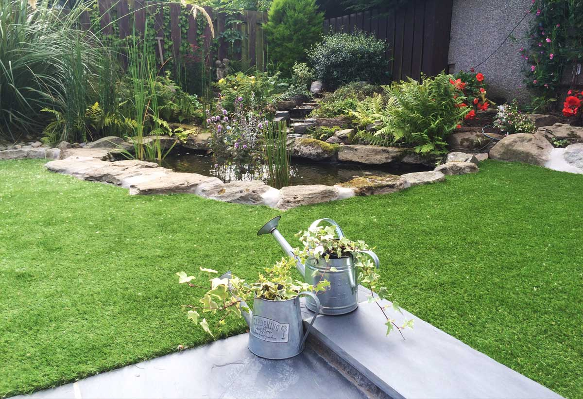 Thistle Artificial Grass Aberdeen, Aberdeenshire & North East Scotland: Realistic Appearance