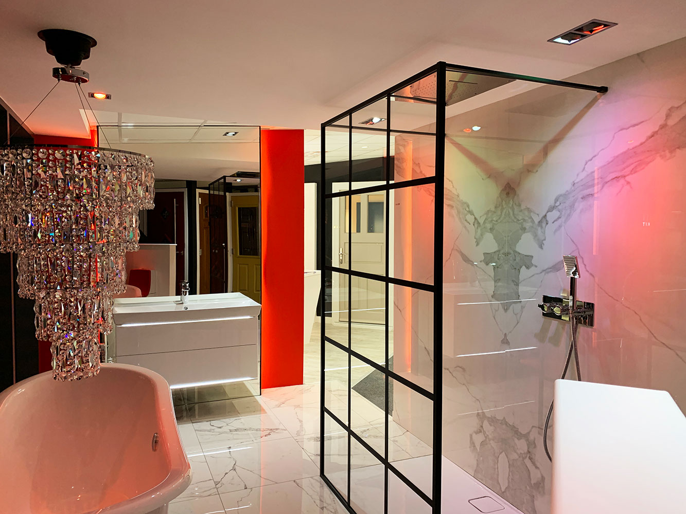 Thistle Bathroom Showroom Aberdeen: Bathroom Gallery 1, Photo 2