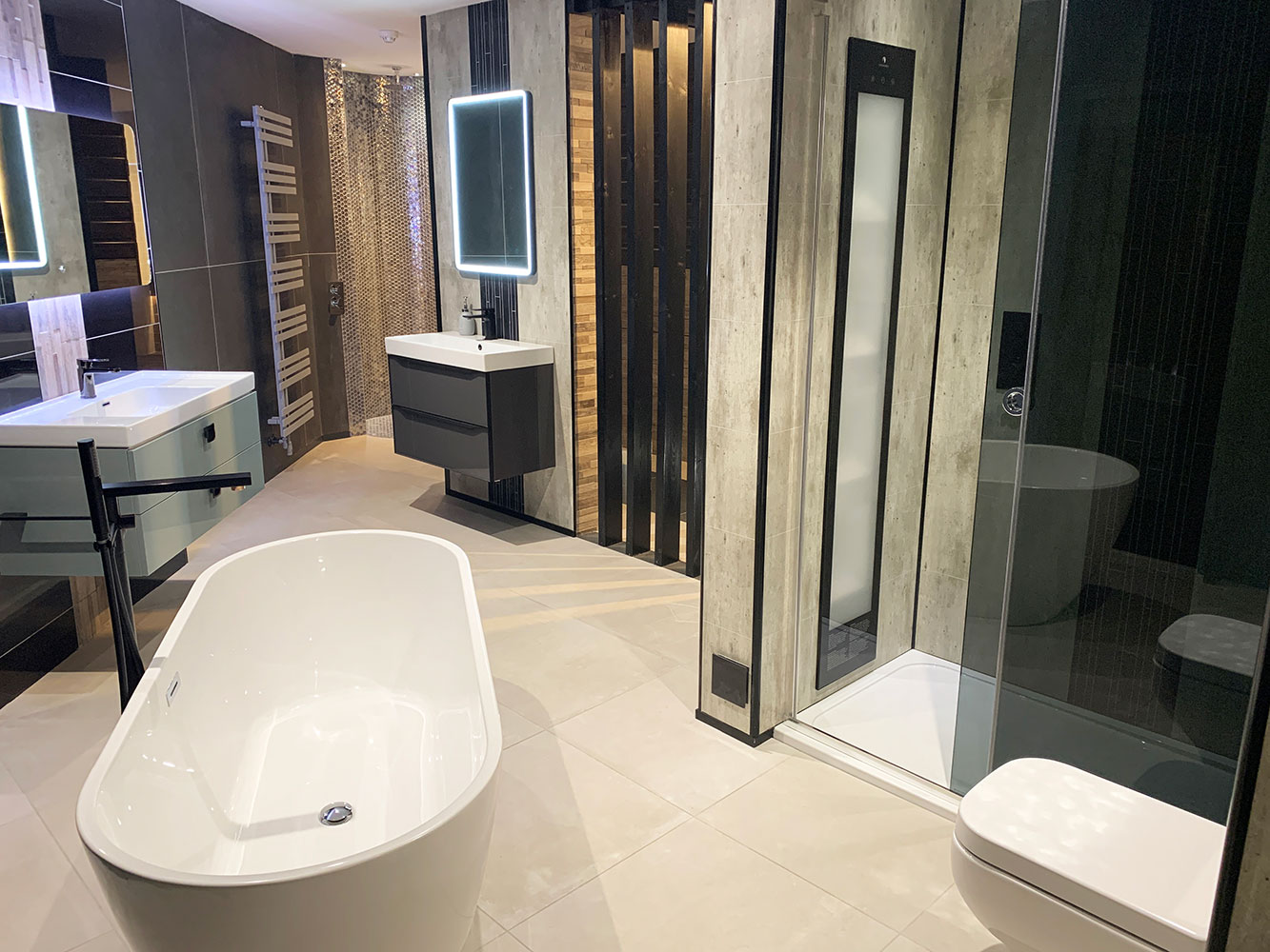 Bathroom Showroom Aberdeen: Bathroom Gallery 7, Photo 1