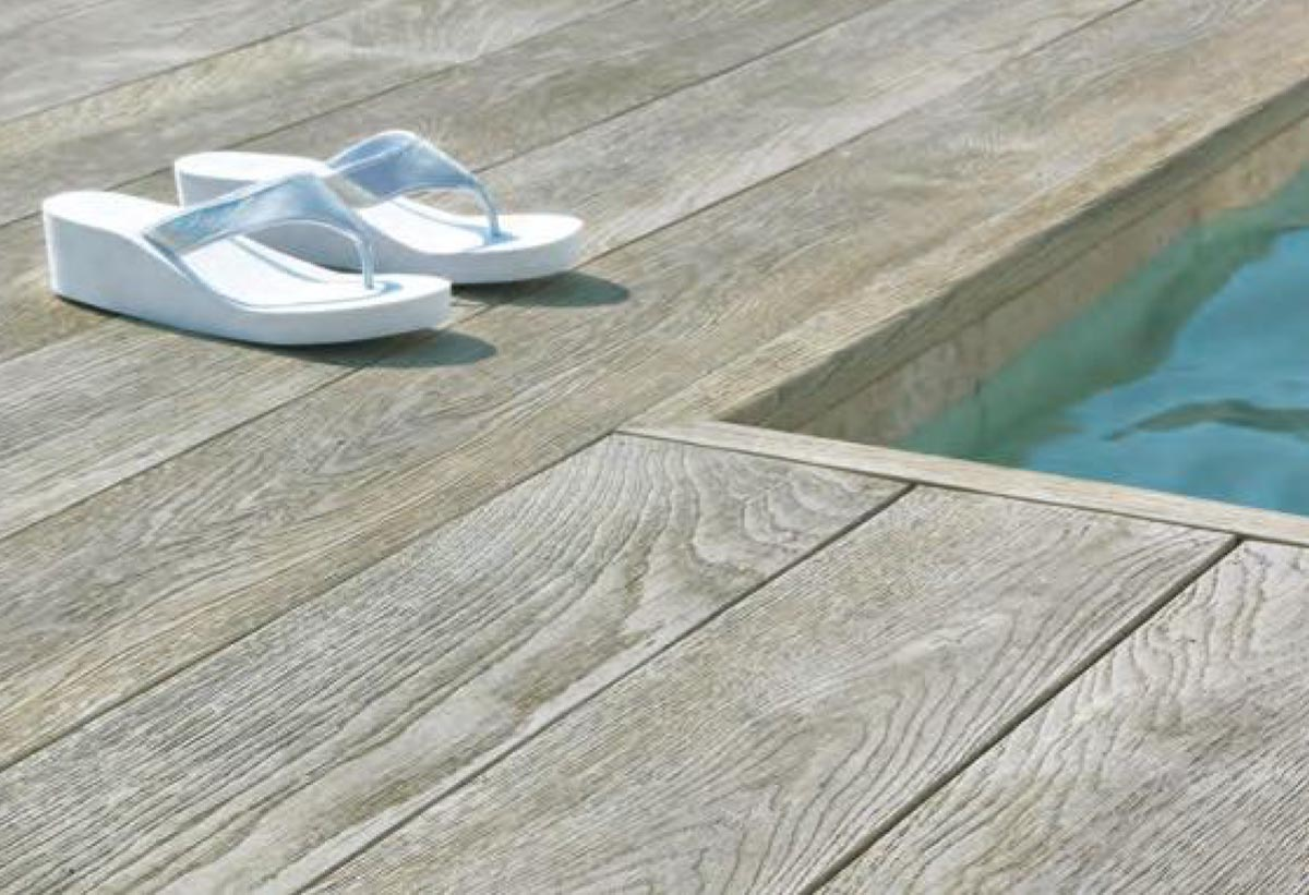 Composite Decking Aberdeen, Aberdeenshire, Scotland: Highly-Durable Composite Decking